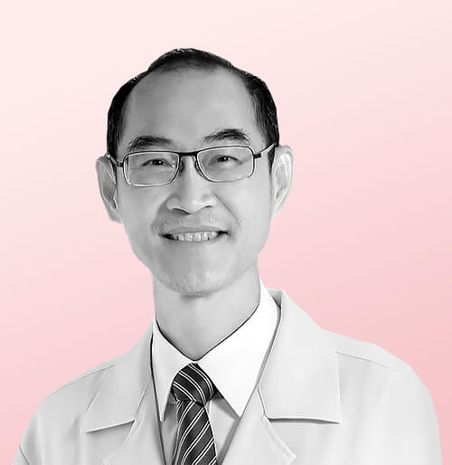 Plastic surgery in Thailand   doctor Sanguan Kunaporn